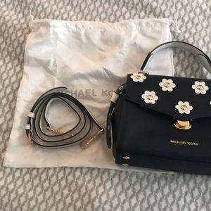 6f44c163376646 Michael Kors Bags - Authentic Michael Kors Bristol satchel